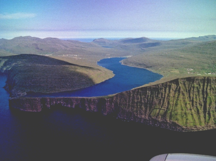 lake sorvagsvatn, faroe islands 2